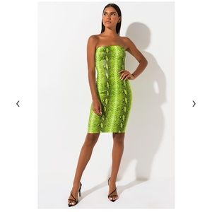 NEW with TAG. NEON GREEN SNAKE MIDI